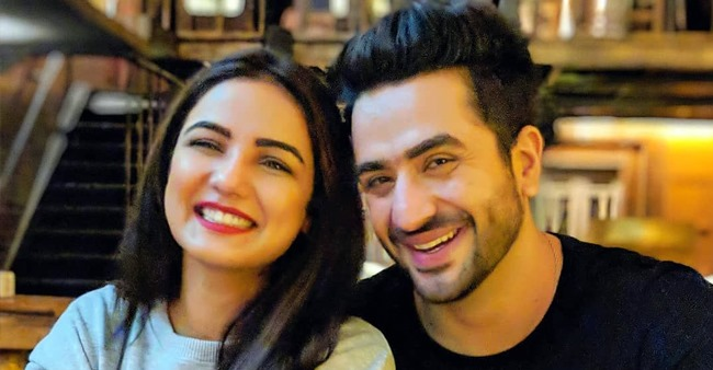 Aly Goni teases BFF Jasmin Bhasin by saying 'shaadi mubarak' as she sports sindoor and mangalsutra