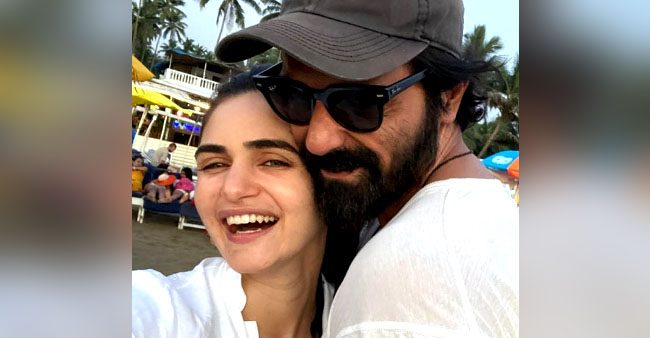 Arjun Rampal wishes anniversary to GF Gabriella Demetriades with a special 'love selfie'; Check out