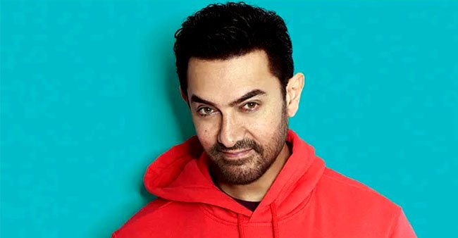 Aamir Khan shows his 'real' emotional side and doesn't hesitates to cry in public