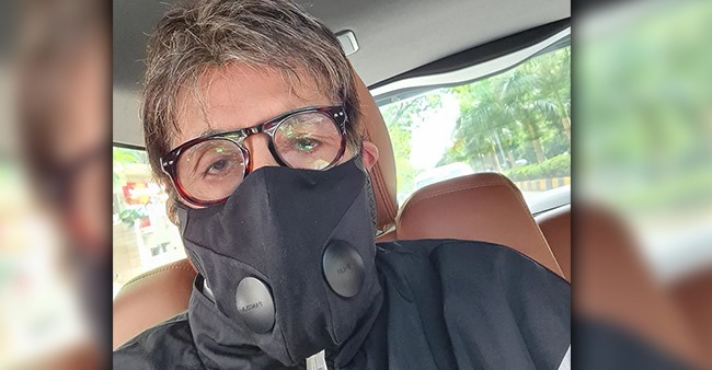 Amitabh Bachchan shares a selfie on his Instagram account and reveals his 15-hour work schedule
