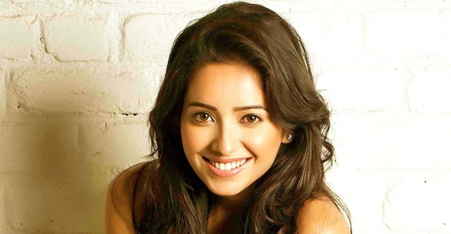 Actress Asha Negi shuts a netizen that asked her to get married as she is getting old
