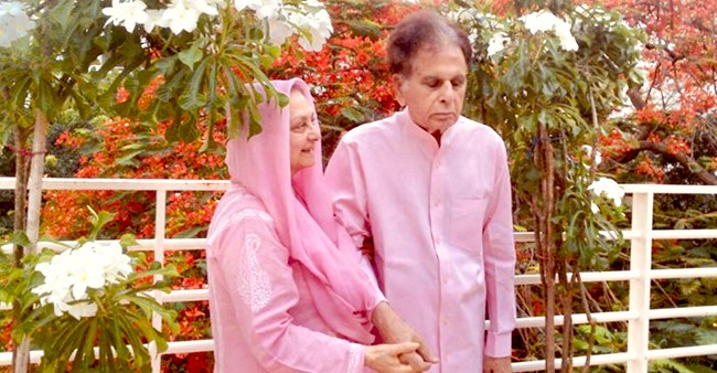 Dilip Kumar shares a picture with Saira Banu on his Twitter account