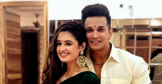 Yuvika Chaudhary while filming for a Punjabi song in Srinagar connects with hubby Prince virtually