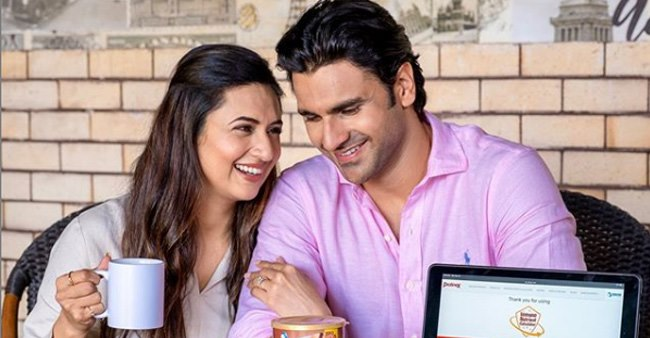 Divyanka and Vivek's game night pictures give us major chill vibes