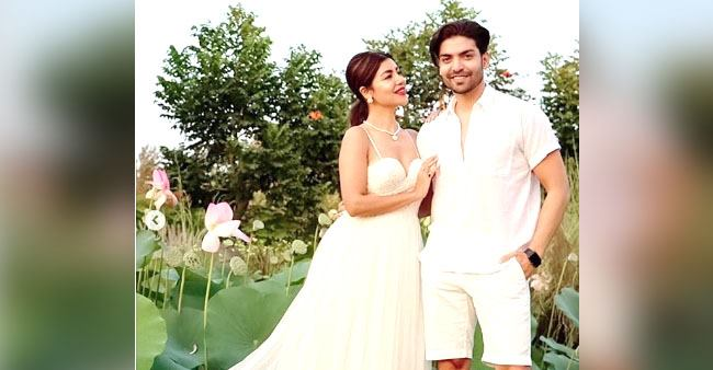 Debina Bonnerjee & Gurmeet Choudhary look amazing in white outfits from their recent outing