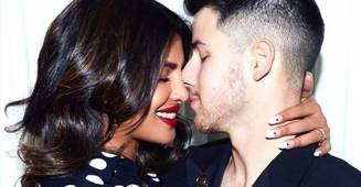 "Priyanka Chopra reveals hubby Nick Jonas's ""annoying"" bedroom habit"