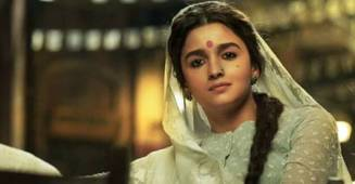 Teaser Of Gangubai Kathiawadi Creates A Buzz On Social Media; Alia Wins Praise