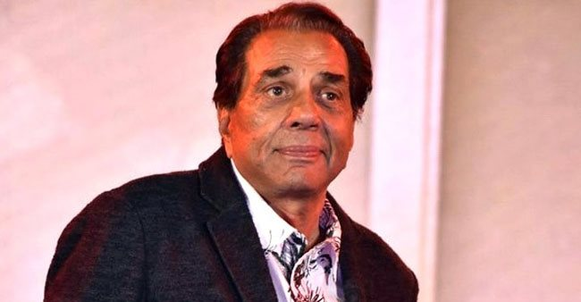 Fans Send Love To Dharmendra After He Says 'I Make Others Laugh, But I Stay Sad'