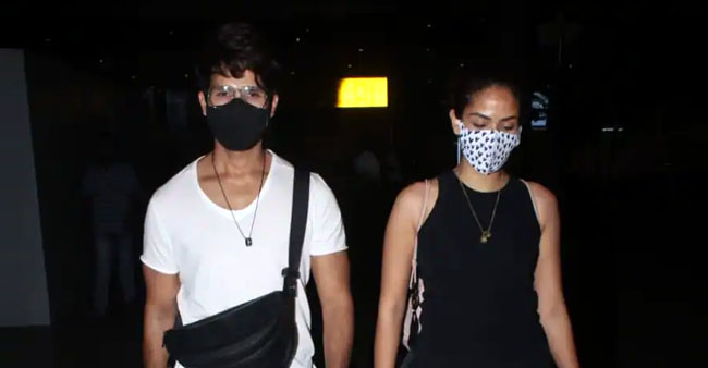 Shahid Kapoor, Mira Rajput Twin In Comfy Black & White Wears At Airport