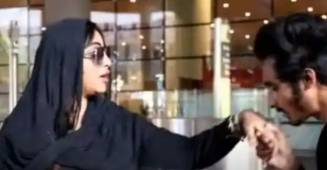 "Arshi Khan's fan ""kisses"" her violating personal boundaries at the Mumbai Airport"
