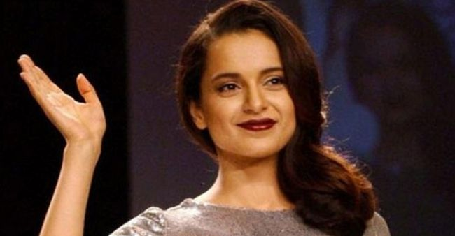 """Netizens trolled Kangana Ranaut """"AGAIN"""" on Twitter due to her """"thought of the day"""""""