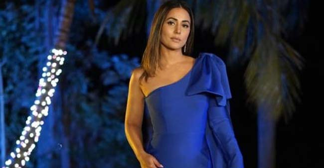 Hina Looks Gorgeous In Her Blue Outfit & Her Flamboyant Confidence Of Style Will Make You Go Thrilled