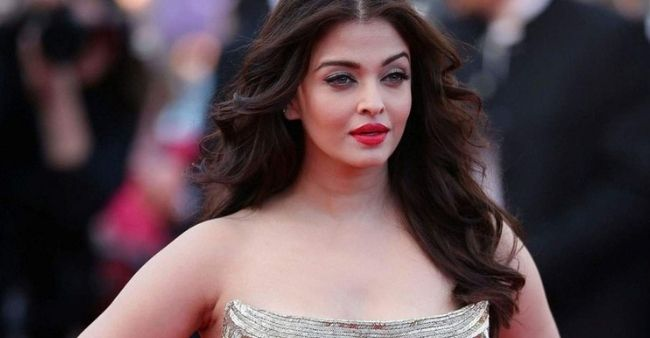 """""""I can't get into a frivolous relationship or a fly-by-night affair,"""" Aishwarya Rai Bachchan during the beginning of her career"""