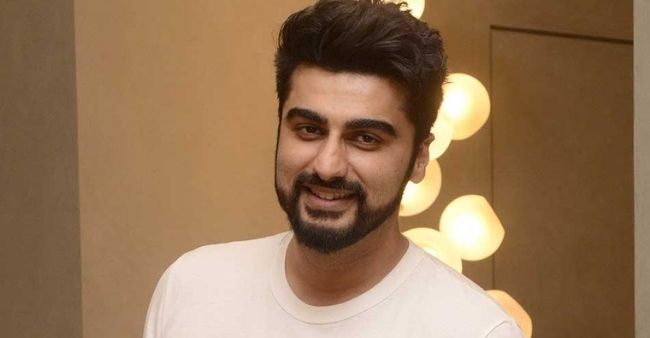 """""""My Family is relying on married Kapoor for khandan ke chirag"""" says Arjun Kapoor for unable to fulfill his grandmother's wish"""