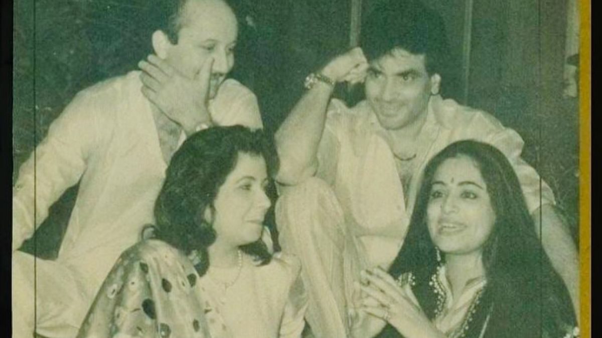 Anupam Kher shares a throwback picture of 'the great times' with Jeetendra and Shobha Kapoor