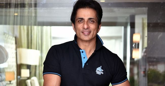 Sonu Sood picks double sarcasm after a man asked for iPhone for his girlfriend on Twitter