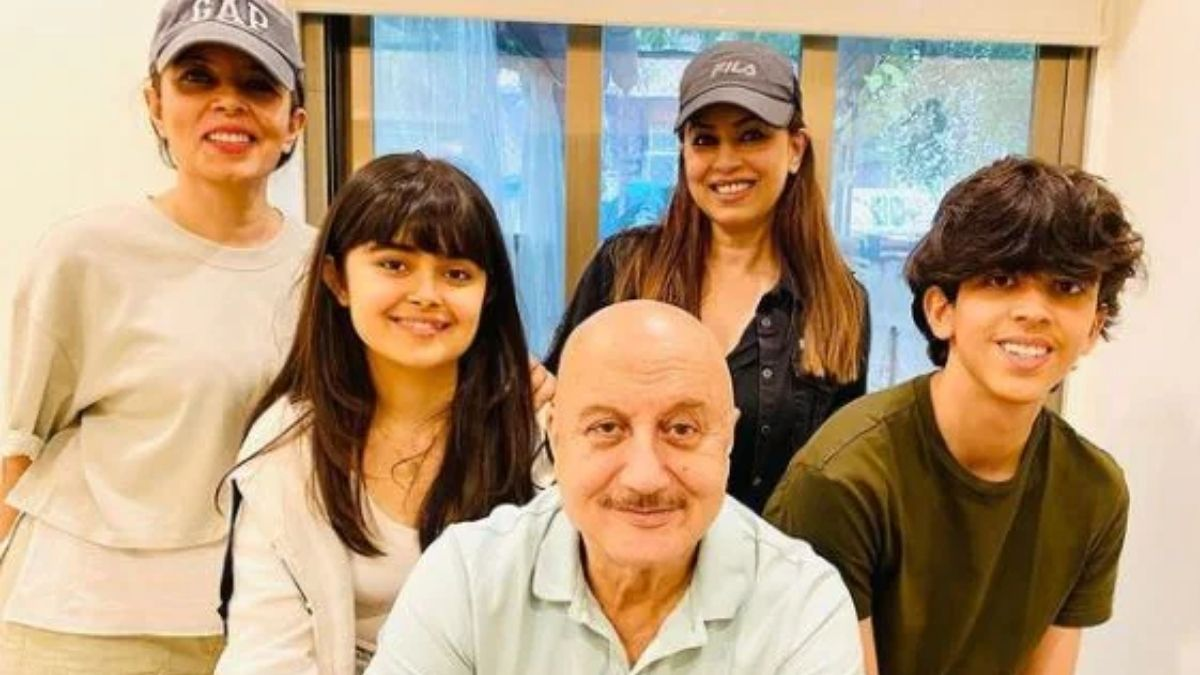 Mahima Chaudhry shares photos of her get-together with Anupam Kher with the kids