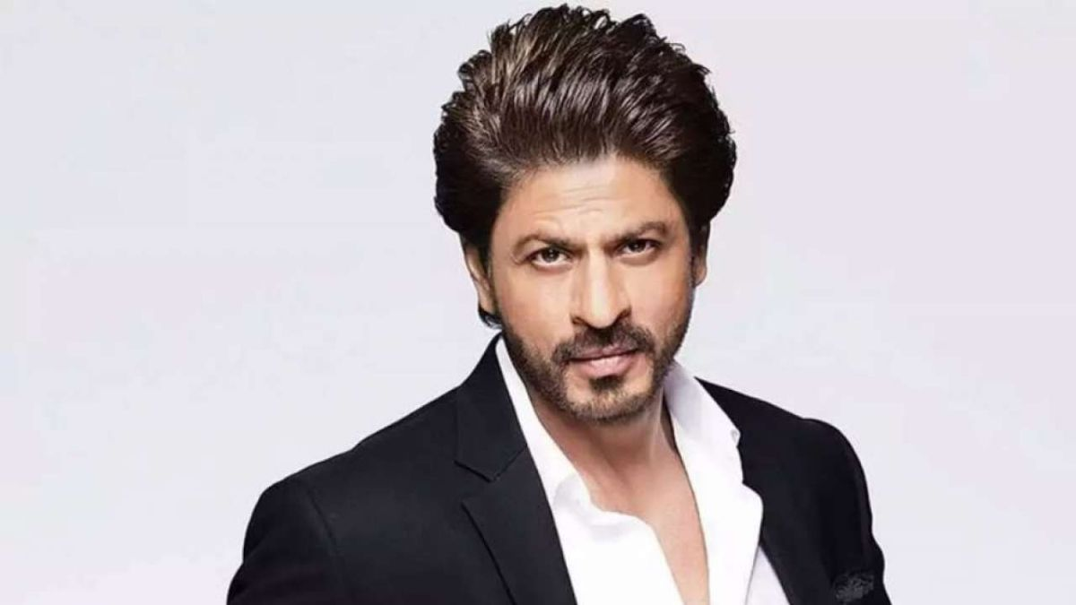Shah Rukh Khan thanks his fans for the 'love of nearly 30 years' they have been showering on him