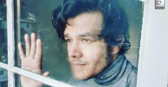"""""""The war is on,"""" says Patiala Babe actor Aniruddh Dave, who is currently seeking treatment"""