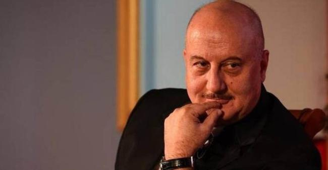 """""""There are more important things to worry about than Twitter followers"""": Ssumier Pasricha to Anupam Kher"""