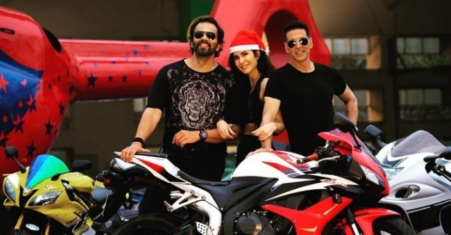 """Rohit Shetty speaks up on Sooryavanshi Release Date, asks 'When will theatres open up"""""""
