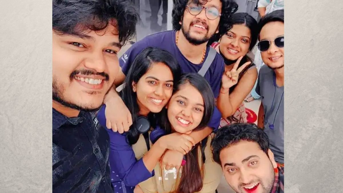 The makers of Indian Idol 12 have sent all the contestants back to their hometown for this season