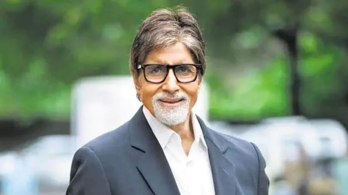 BMC has given notice to Amitabh Bachchan to demolish a part of his house