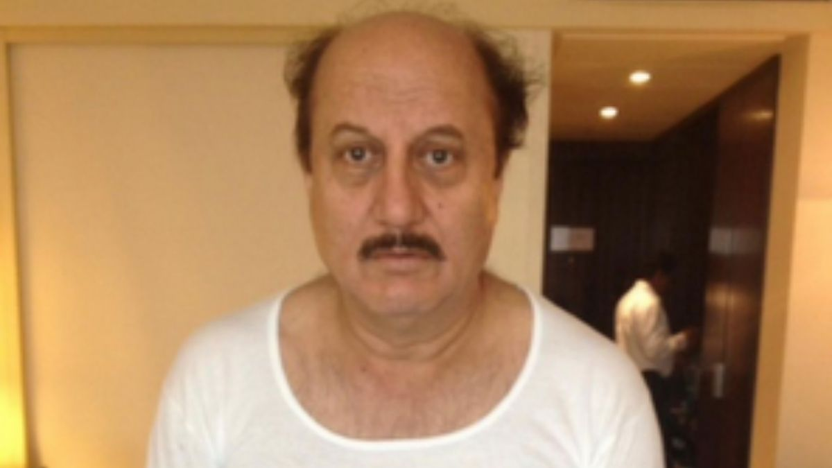 Anupam Kher shares an old picture asking his fans to guess the movie
