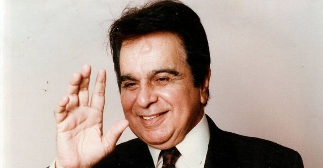 Legendary actor Dilip Kumar passed away at 98: people from every corner from politics to Bollywood and sports pays tribute