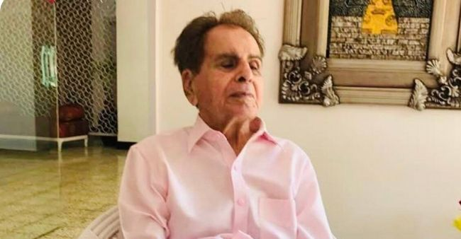Netizens paid their tribute to 'The Tragedy King' Dilip Kumar, says Legends never die