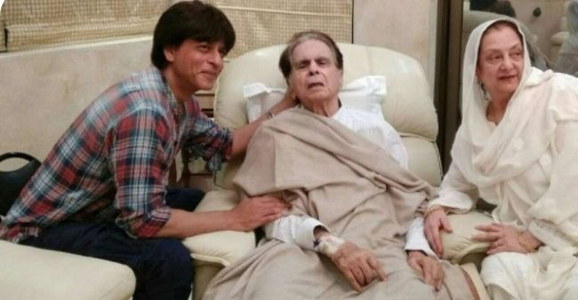 """When Saira Banu opened up on the similarities between Dilip Kumar and SRK, """"If we had a son, he might have looked like Shahrukh Khan"""""""