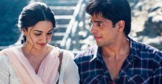 Sidharth Malhotra and Kiara Advani looks smitten with each other in the latest video, fans want them to get married