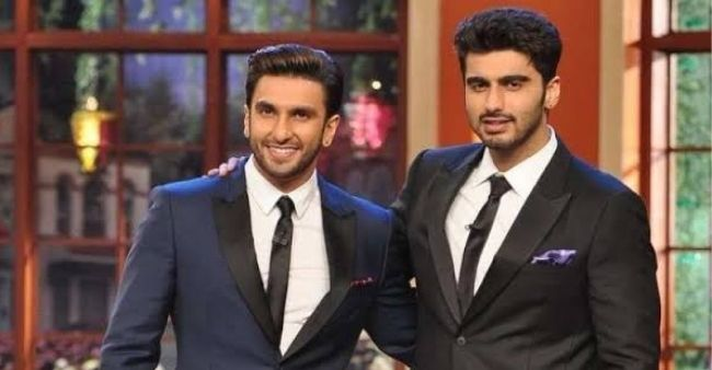 """Arjun Kapoor flirts with Ranveer Singh; Asks the actor, """"How are you so sexy baba?"""""""