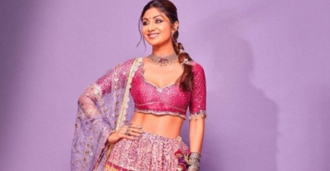 """Shilpa Shetty Kundra shares a notable quote on social media; Says, """"Depending on Ourselves"""""""