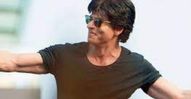 Shah Rukh Khan feels Akshay and Ajay might steal steal his fans, hints OTT debut
