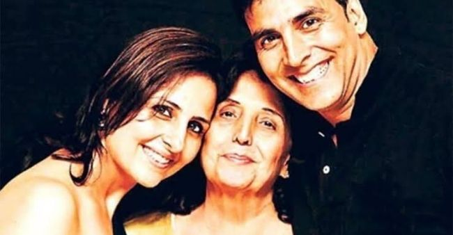 As Akshay Kumar's mother Aruna Bhatia passes away, we look at otherBollywood celebs who lost their mothers