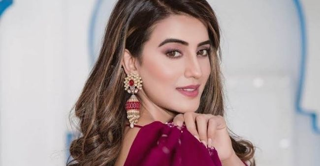 Bigg Boss contestant Akshara Singh reveals terrifying experience when her ex tried to kill her