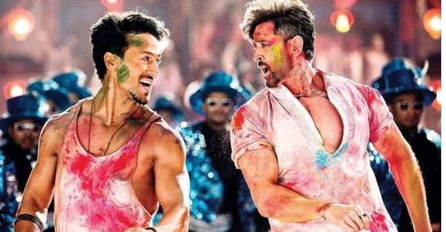 Fan asks Tiger Shroff whether he or Hrithik Roshan is the better dancer, actor replies