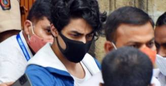 Chats between Aryan Khan and actress recovered by police surfaces ahead of his bail hearing